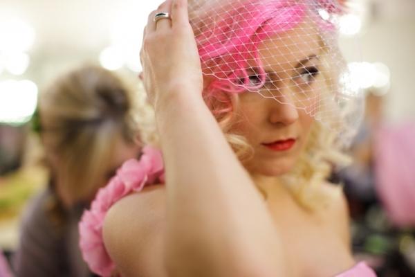 pink-hair-wedding-dress-bride-04